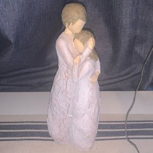 NEW Willow Tree Close to me #26222 figurine